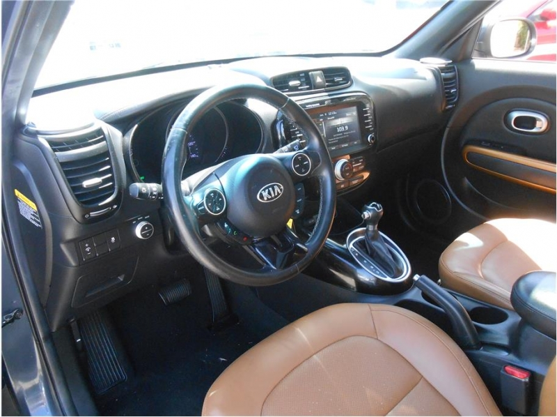 Kia Soul 2015 price $14,995