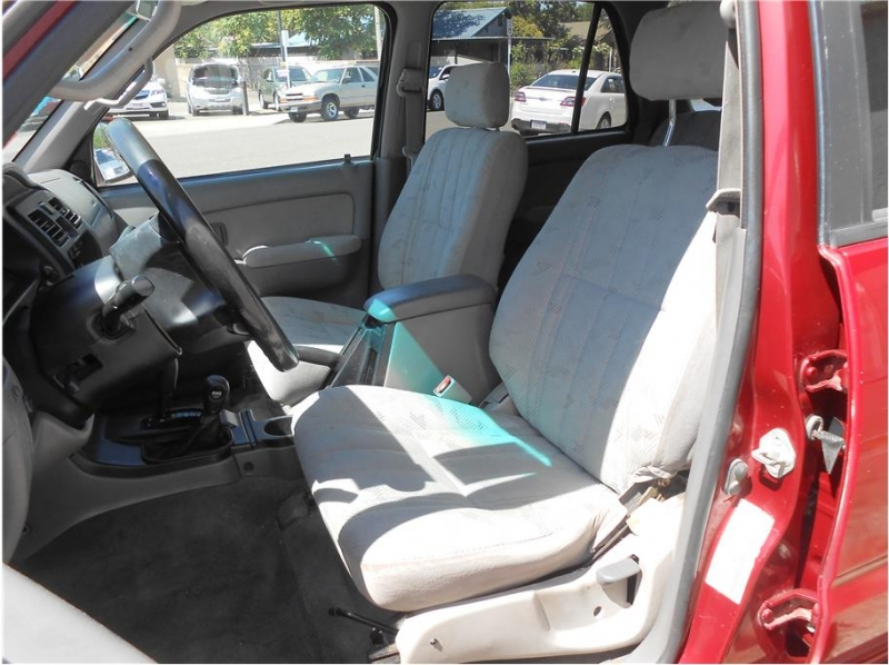 Toyota 4Runner 2001 price $10,995