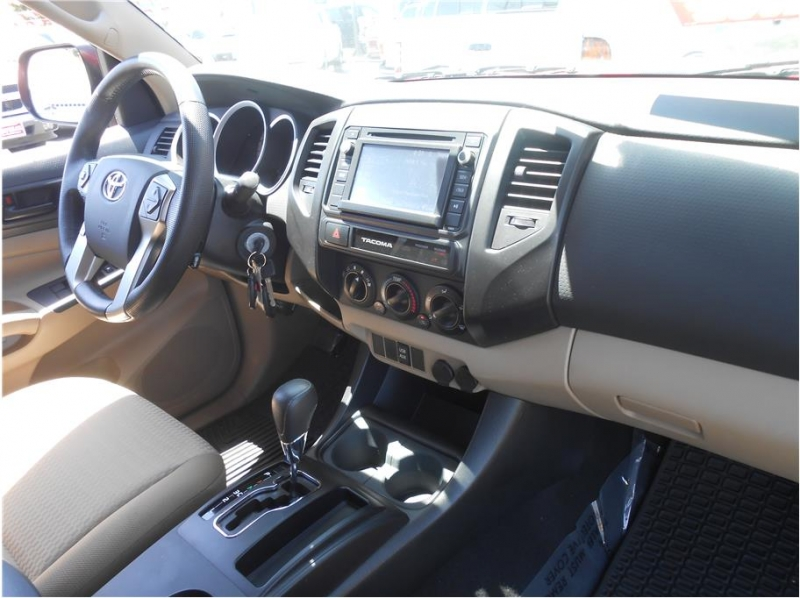 Toyota Tacoma Double Cab 2015 price $34,995