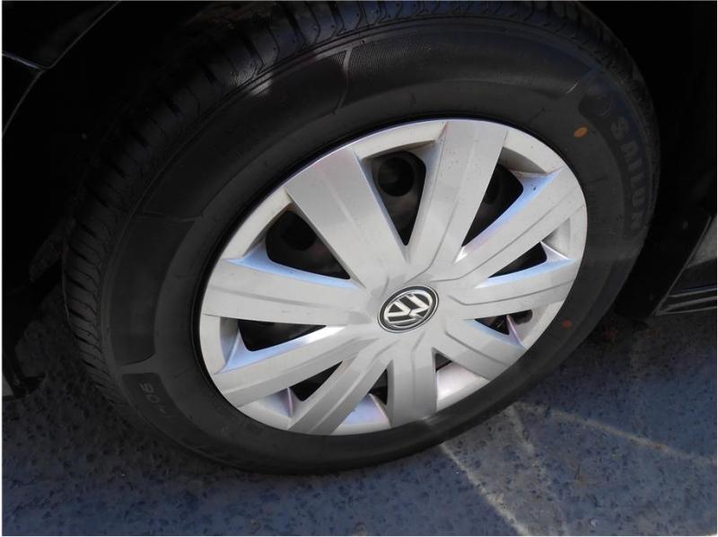 Volkswagen Jetta 2015 price $12,995