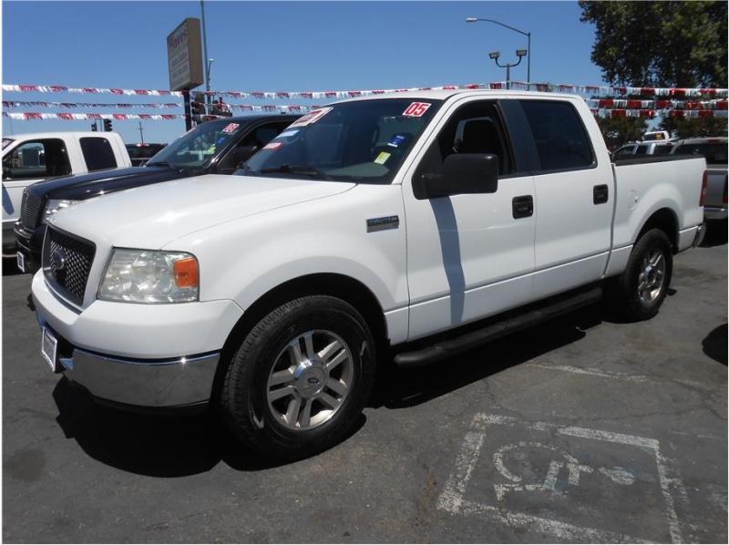 Ford F150 SuperCrew Cab 2005 price $12,995