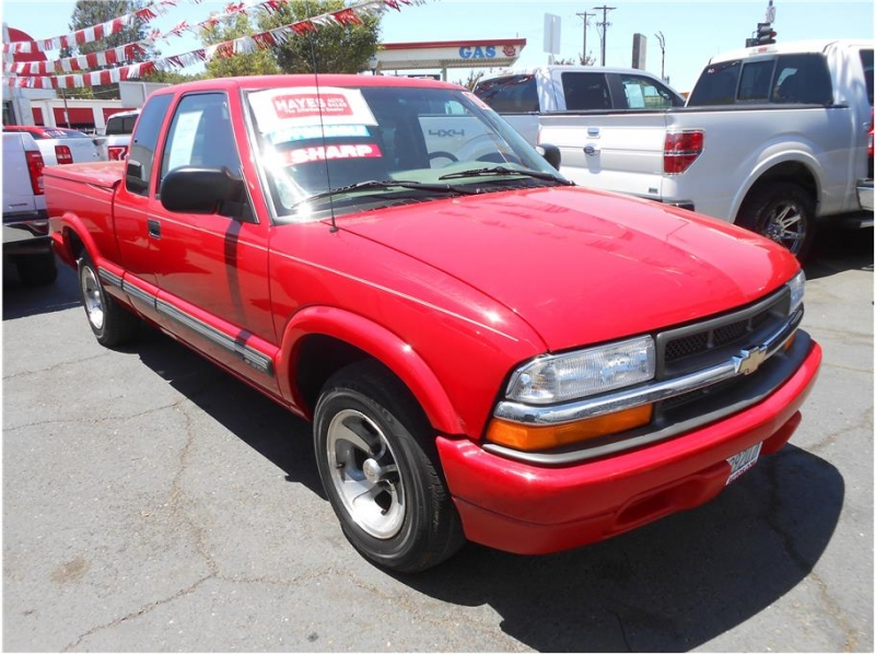 Chevrolet S10 Extended Cab 2000 price $9,995