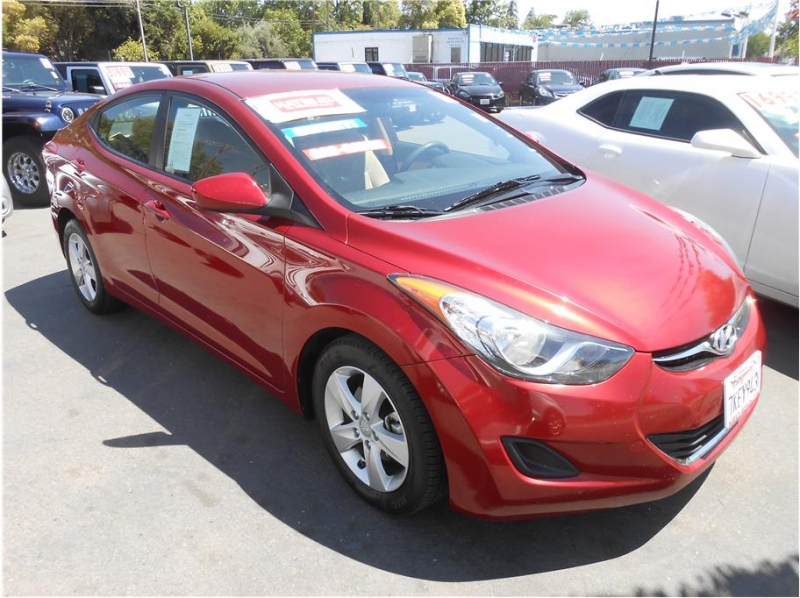 Hyundai Elantra 2013 price $9,995