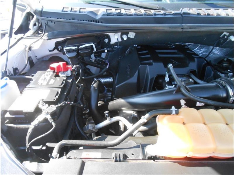 Ford F150 SuperCrew Cab 2016 price $25,995