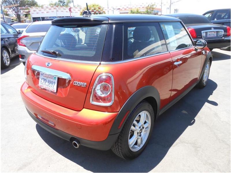 Mini Hardtop 2013 price $9,995