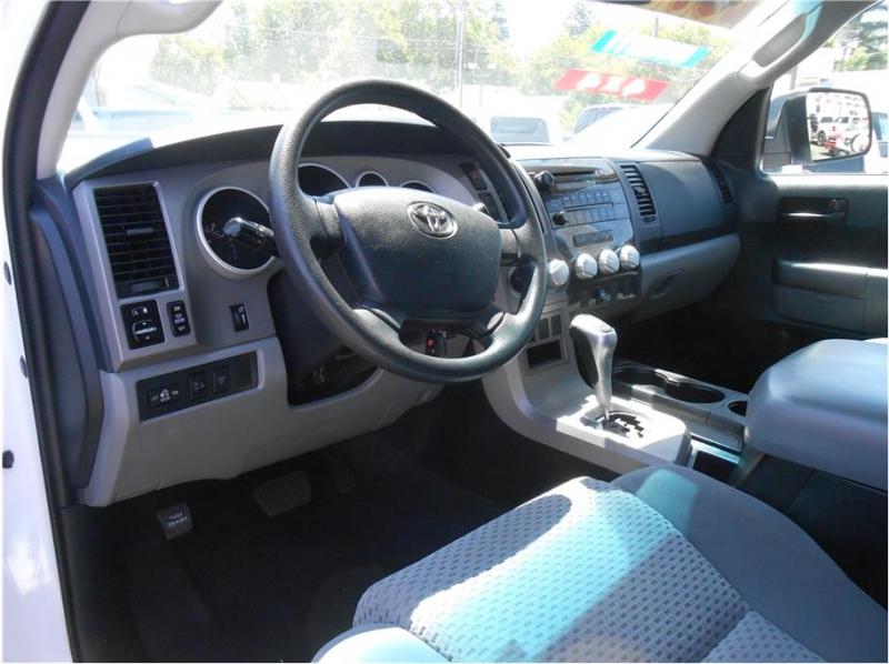 Toyota Tundra CrewMax 2013 price $26,995