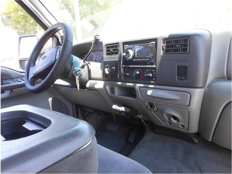 Ford F350 Super Duty Crew Cab 2002 price $19,995