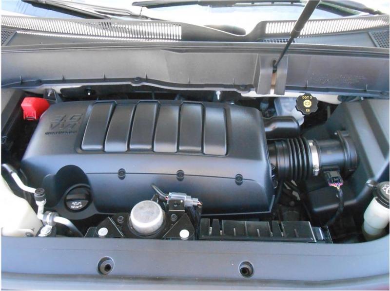 Chevrolet Traverse 2010 price $10,995