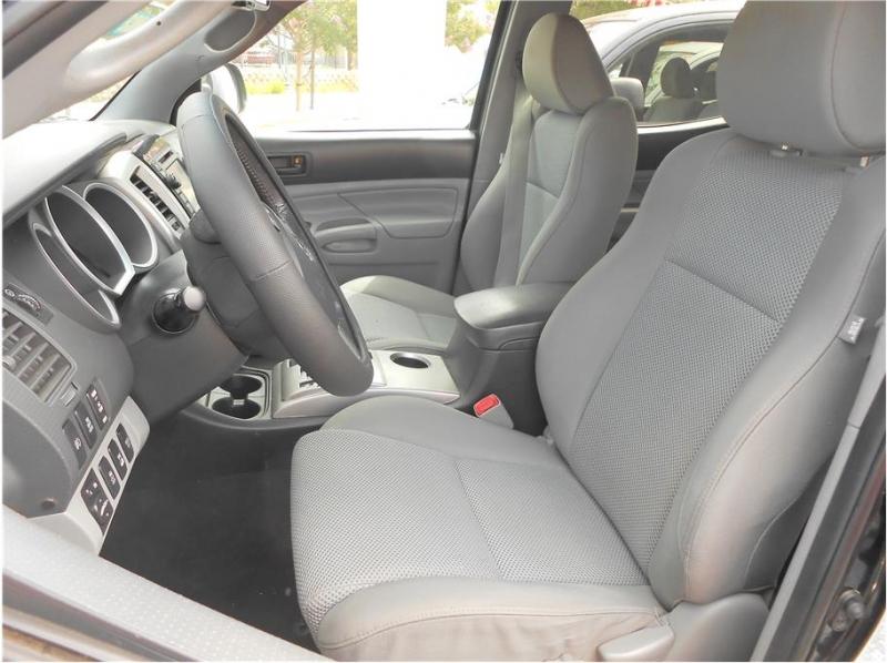 Toyota Tacoma Double Cab 2013 price $28,995