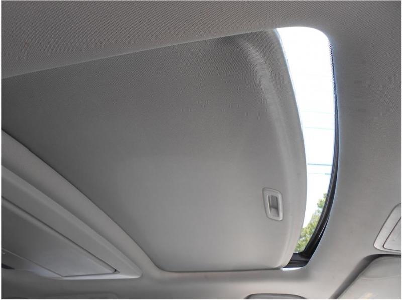 Honda Odyssey 2012 price $17,995