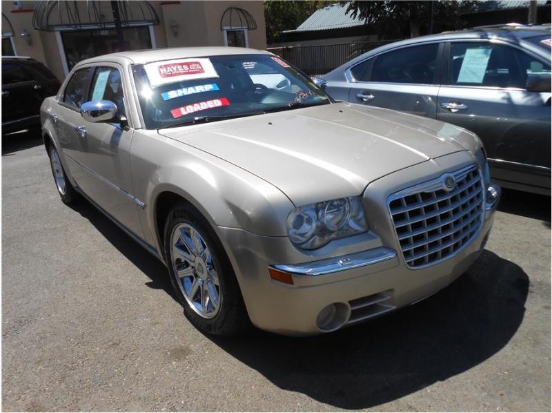 Chrysler 300 2006 price $9,995