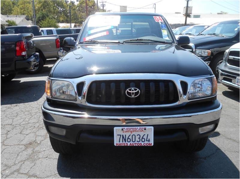 Toyota Tacoma Xtracab 2004 price $10,995