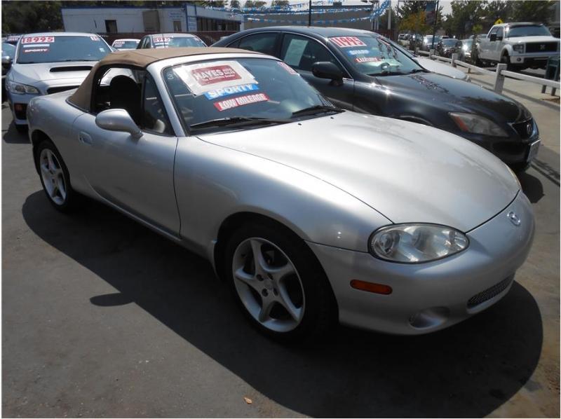 Mazda MX-5 Miata 2002 price $12,995