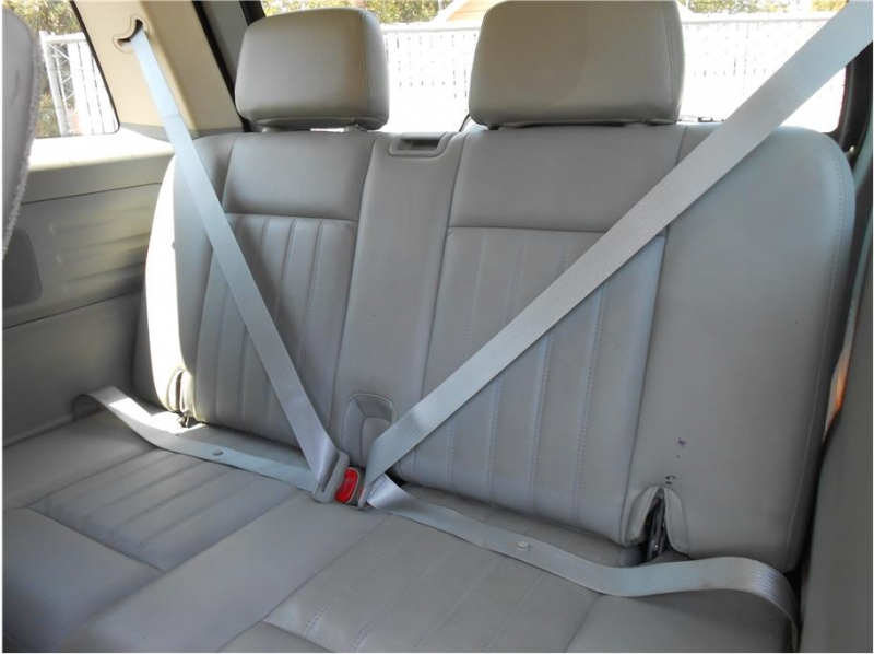 Lincoln Aviator 2003 price $7,995