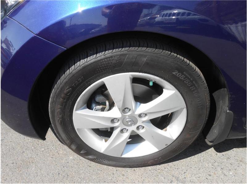 Hyundai Elantra 2013 price $10,995