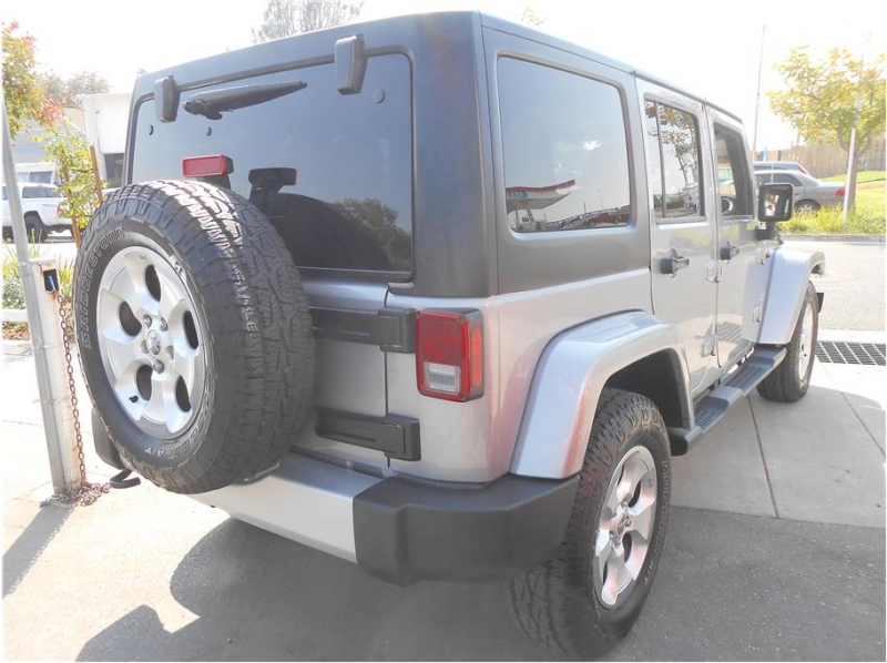Jeep Wrangler 2015 price $36,995