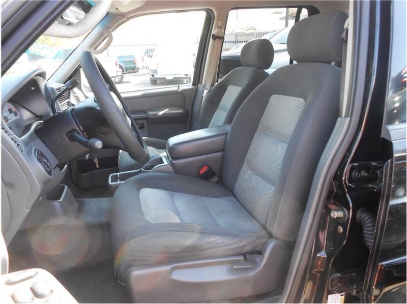 Ford Explorer Sport Trac 2005 price $10,995