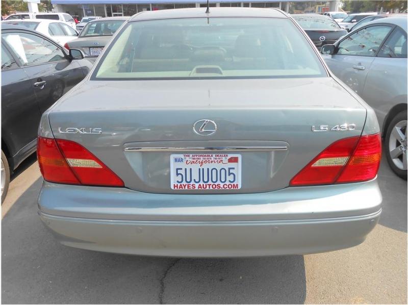 Lexus LS 2003 price $10,995