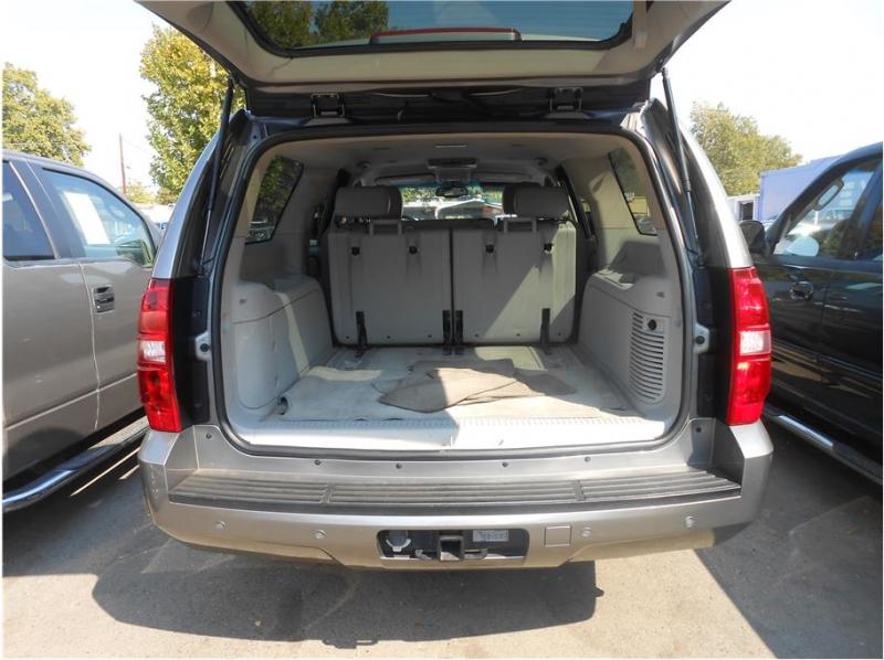Chevrolet Suburban 1500 2007 price $14,995