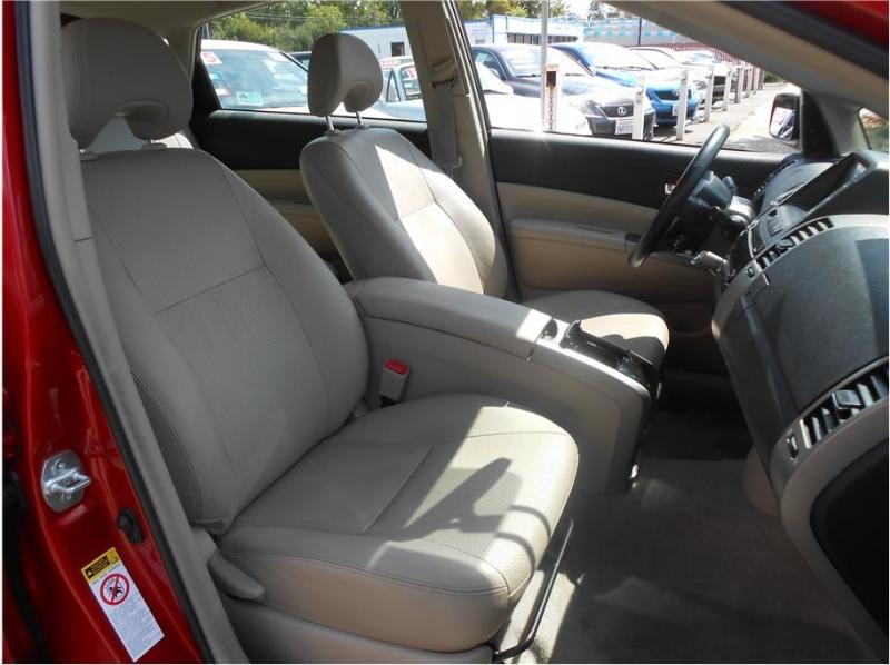 Toyota Prius 2007 price $8,995