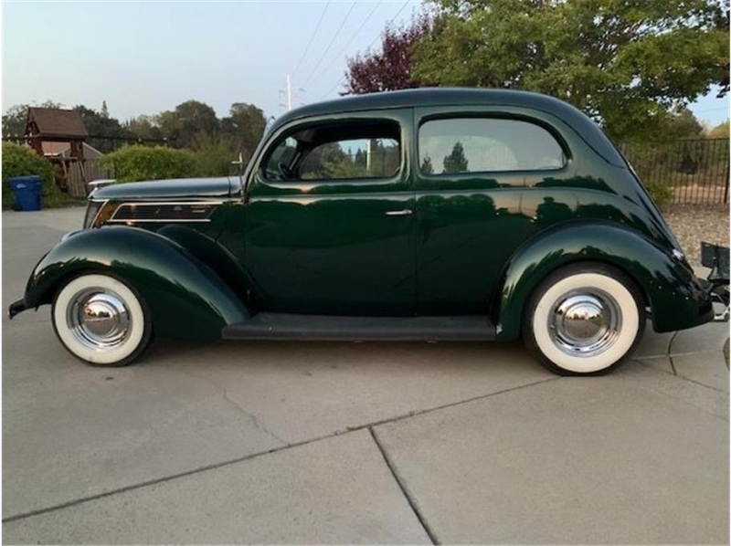Ford 2dr 1937 price $24,995