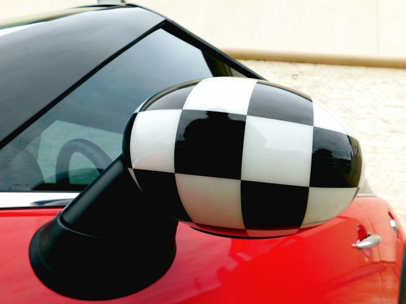 Mini Cooper Hardtop 2010 price $8,790