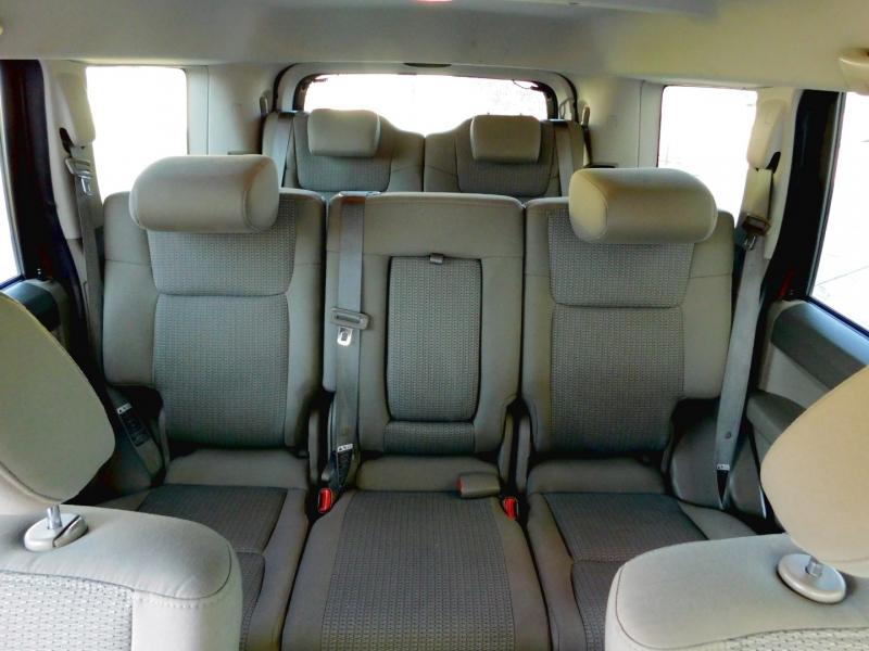 Jeep Commander 2007 price $9,200