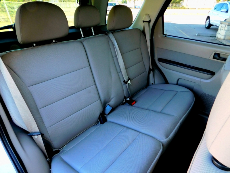 Ford Escape 2012 price $9,995