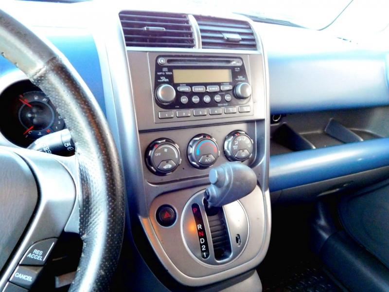 Honda Element 2006 price $8,200