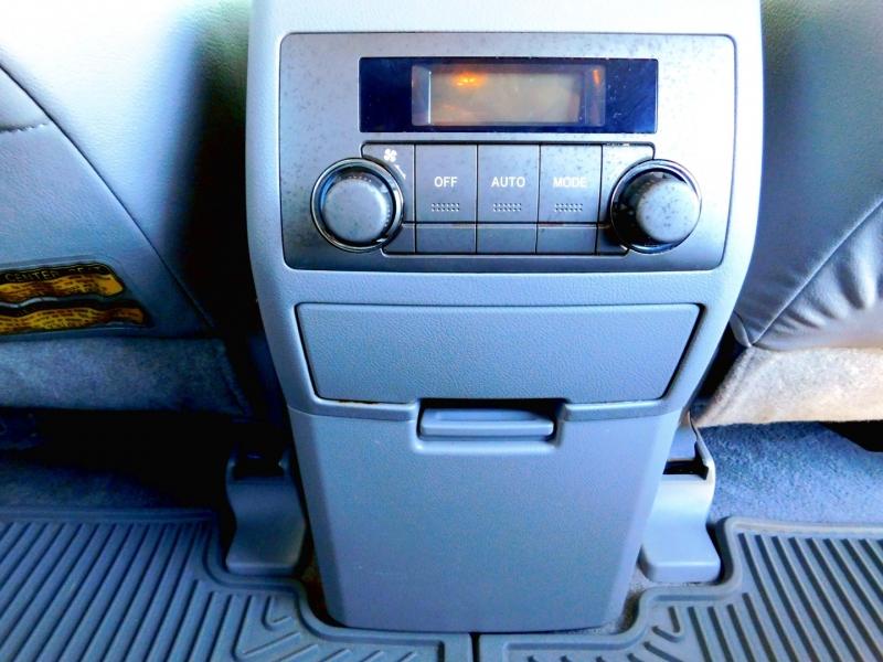 Toyota Highlander 2008 price $12,495