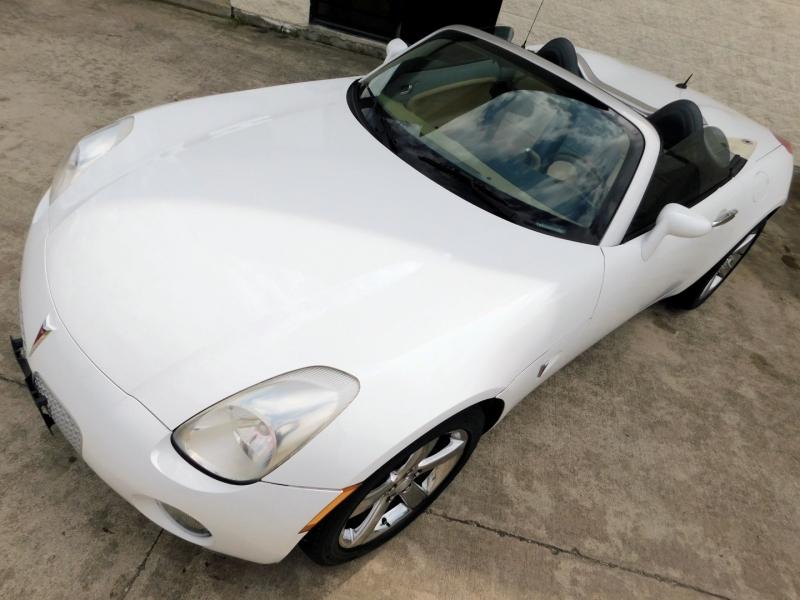 Pontiac Solstice 2006 price $9,995