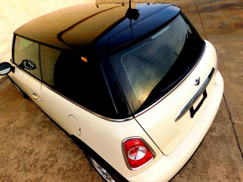 Mini Cooper Hardtop 2012 price $10,994