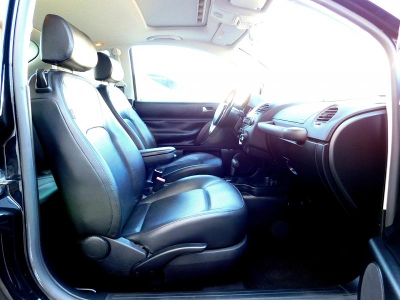 Volkswagen New Beetle Coupe 2008 price $7,449