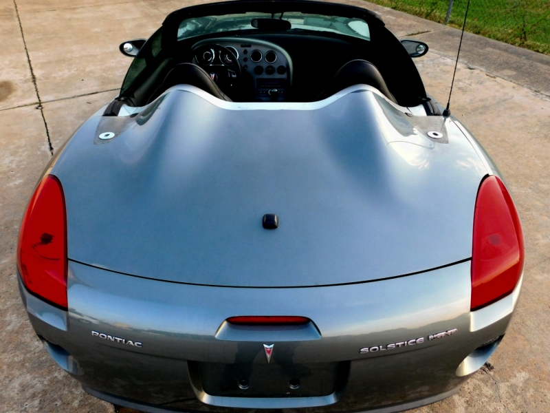 Pontiac Solstice 2007 price $13,800