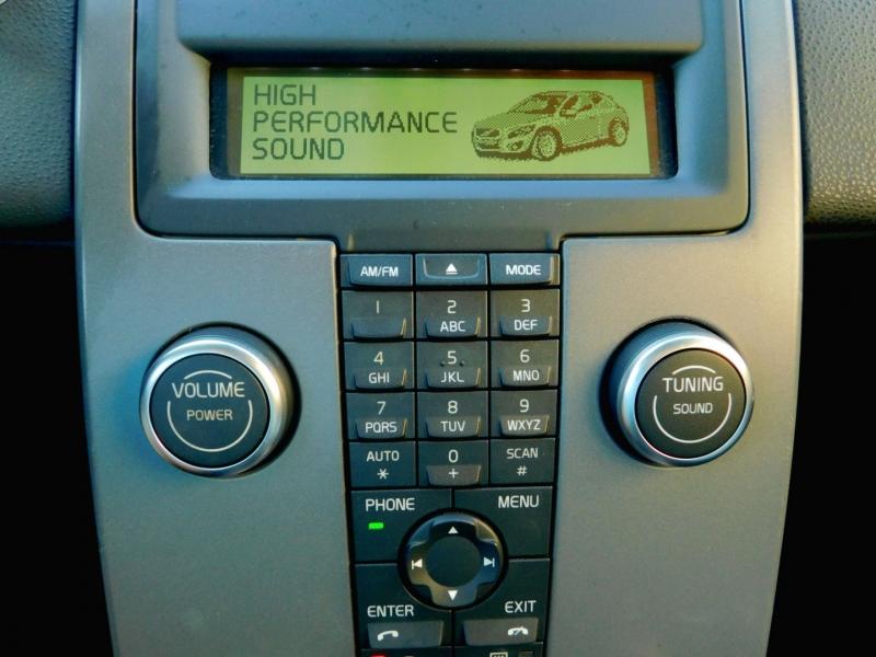 Volvo C 30 2011 price $9,200