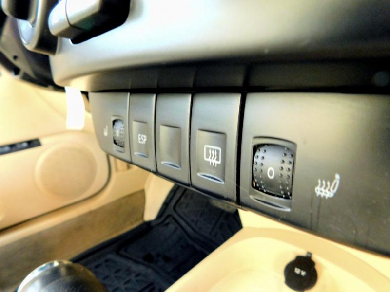 Volkswagen New Beetle Coupe 2008 price $7,500
