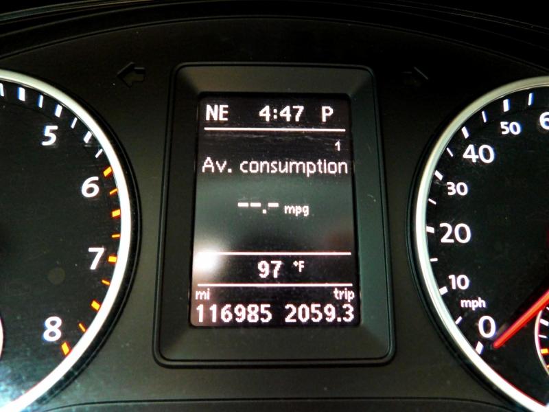 Volkswagen Tiguan 2013 price $9,500