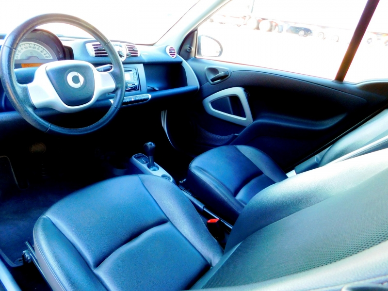 Smart fortwo 2014 price $9,985