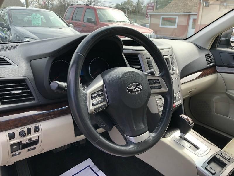 Subaru Legacy 2014 price $10,450