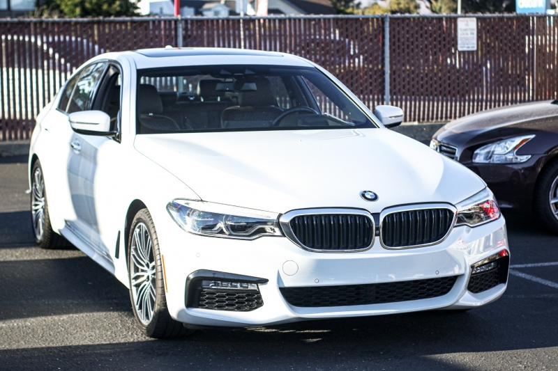 BMW 5-Series 2017 price $37,580