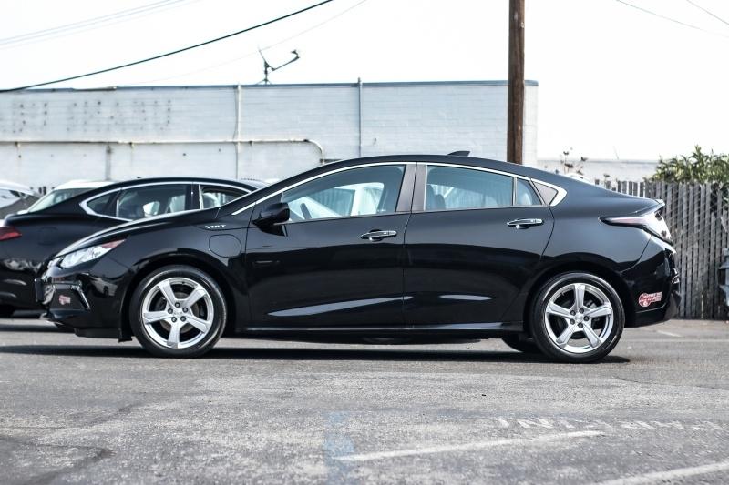 Chevrolet Volt 2017 price $13,880