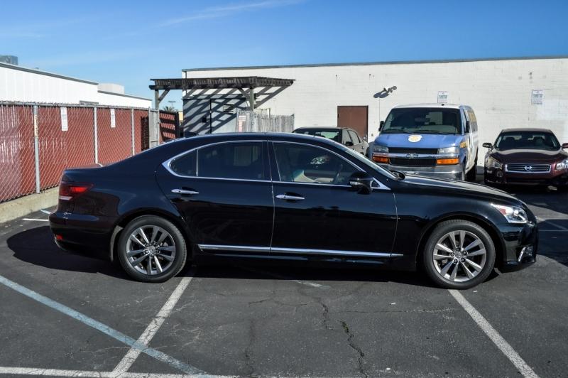 Lexus LS 460 2016 price $39,880