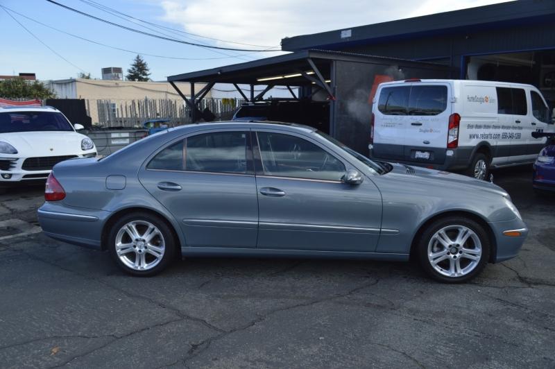 Mercedes-Benz E-Class 2006 price $5,880