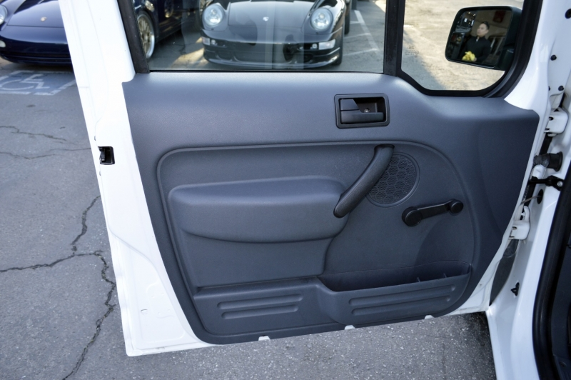 Ford Transit Connect 2013 price $9,880