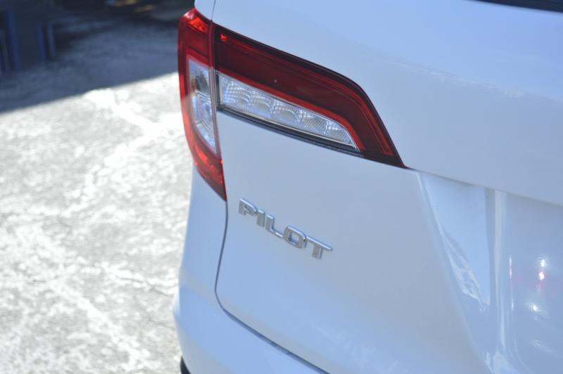 Honda Pilot 2019 price $34,880