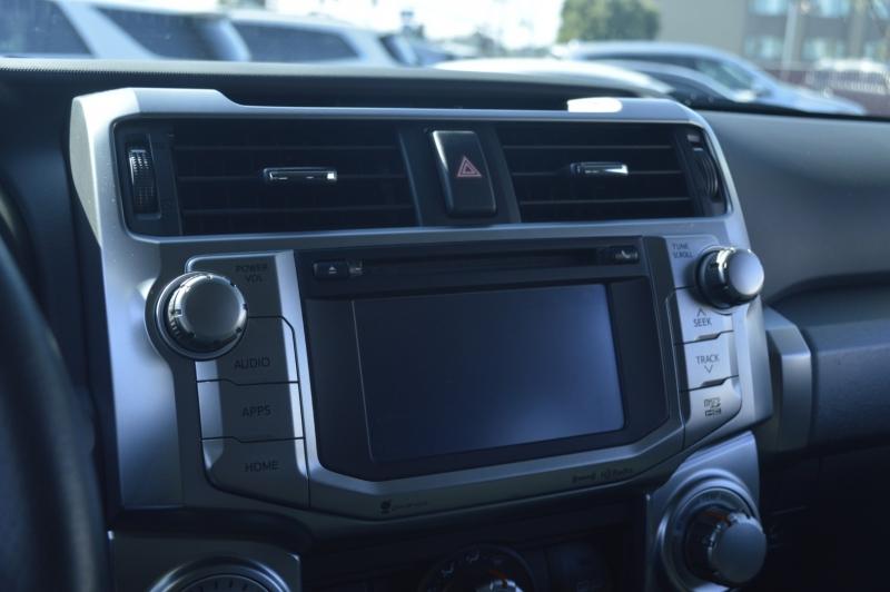 Toyota 4Runner 2016 price $36,990