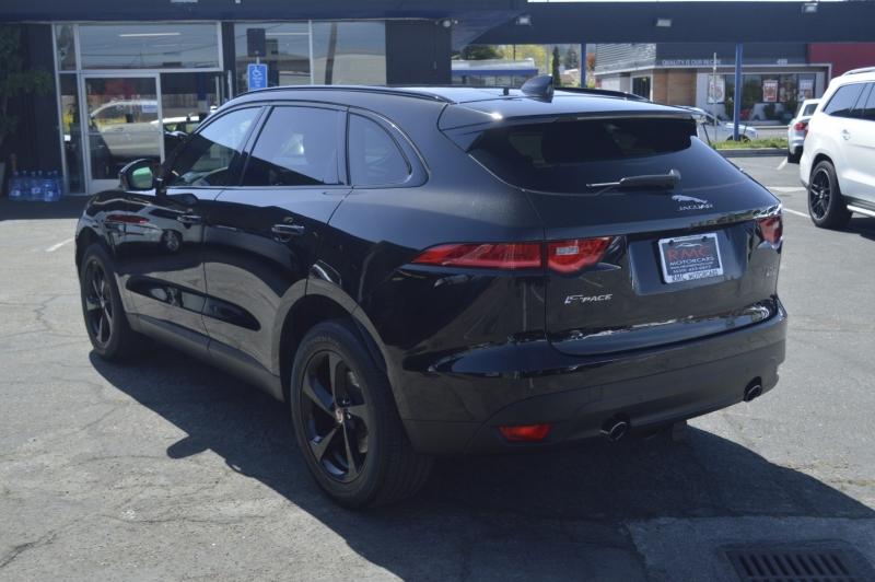 Jaguar F-PACE 2018 price $35,990