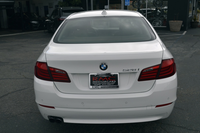 BMW 5-Series 2011 price $11,880