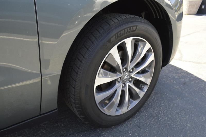 Acura MDX 2015 price $18,990