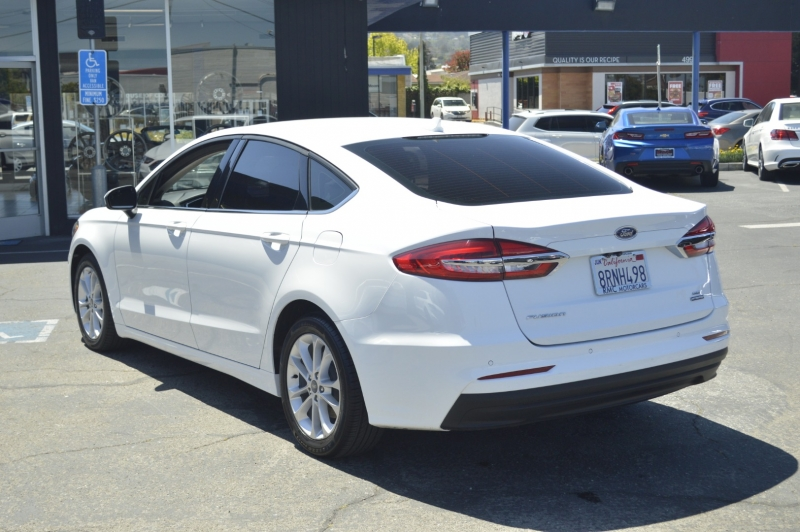 Ford Fusion Hybrid 2020 price $23,880